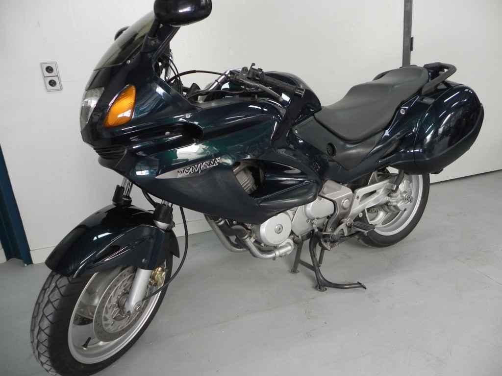 Honda Tour NT 650 Deauville